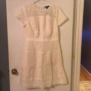 Banana Republic Fitted Lace dress